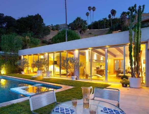 hollywood hills backyards